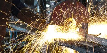 long-exposure-sparks-welding-295505